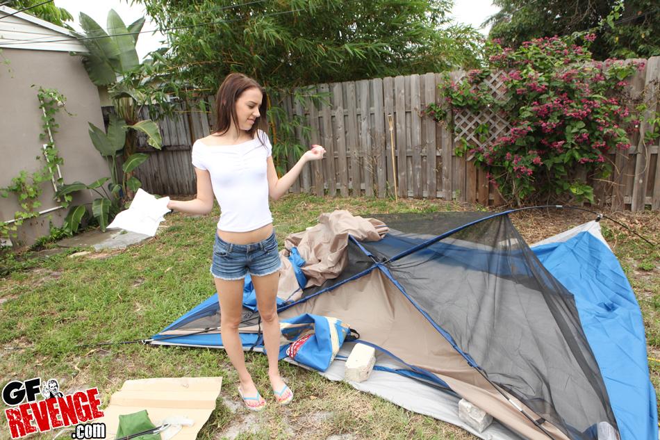 Sex in tent