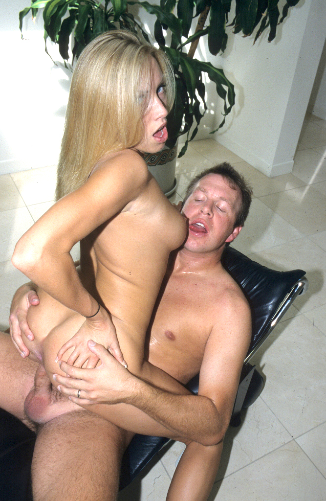 image Hard fucked girlfriend in the mouth